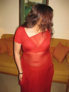 Desi Bhabhi Boobs Clevage | SEXY NUDE FIGURE Men's Fashion, Fashion Week, Gi Joe, Hottest Models, Hottest Photos, Aunty Desi Hot, Fashion Designer, Sexy Blouse, Saree Dress