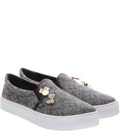 99413d560 Disney X Arezzo - Sapatos e bolsas do Mickey