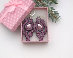 Long gray pink soutache earrings with pearl and rose quartz, statement dangle earrings, soutache jewelry, gift for her