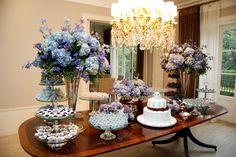 decoração mesa do bolo casamento azul e lilás - Pesquisa Google