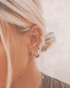 Lobe Piercing, Rook Piercing Jewelry, Piercing Chart, Ear Peircings, Face Piercings, Ear Jewelry, Piercing Tattoo, Womens Jewelry Rings, Women Jewelry