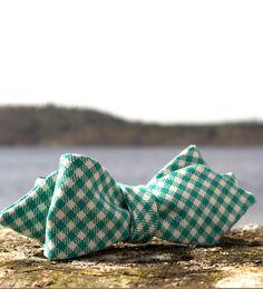 Swedish bow tie