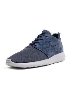 new arrival 33f52 c2ff0 The Best Men s Shoes And Footwear   Nike Roshe Run Premium