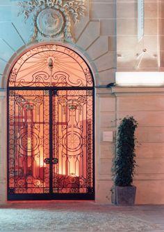 beautiful doors at hotel pershinghall / paris. Would love this to be the background of a picture. Old Doors, Windows And Doors, Entry Doors, Gates, Architecture Design, Paris Arrondissement, Belle Villa, Champs Elysees, Grand Entrance
