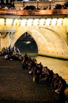 Paris. By NikitaDB. Quai de Seine. Nuit Blanche.