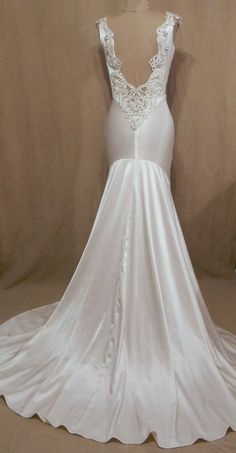 Old Hollywood 1930's style wedding dress - #DesignbyLannette #customcouturegowns #handmade #weddinggowns #weddingdresses