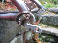 dropouts that switch from derailleur to singlespeed!