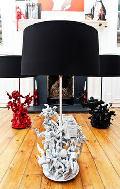 EVIL ROBOT DESIGNS' BESPOKE TOY LAMPS!?