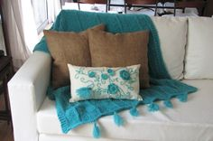 Manta Tejida Color Aqua 1x 1.20 M Ideal Pie Cama O Sillon Ex - $ 1.200,00 en MercadoLibre Aqua, Cushions, Textiles, Throw Pillows, Blanket, Living Room, Bedroom, Crochet, Home