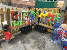 Super fun water feature wall that can be incorporate on your playground fence. Outdoor Learning Spaces, Outdoor Play Areas, Outdoor Activities For Kids, Eyfs Outdoor Area Ideas, Church Activities, Baby Activities, Summer Activities, Outdoor Classroom, Outdoor School