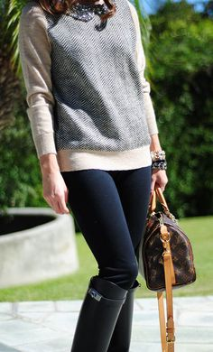 Absolutely love this cute and casual sweater