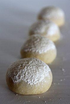 almond orange cookies