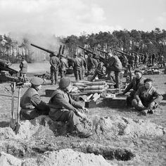 5.5-inch guns of 235 and 336 Medium Batteries, Royal Artillery, fire in support of the Rhine crossing, 21 March 1945. B15772 - Operatie Veritable - Wikipedia