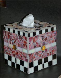pink blk tissue box Tissue Box Covers, Tissue Boxes, Mosaic Diy, Mosaic Ideas, Glass Jewelry Box, Kleenex Box, Tile Crafts, Monster High Custom, Crochet Humor