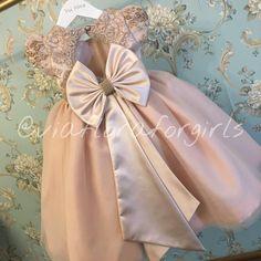 Little Girl Dresses, Girls Dresses, Flower Girl Dresses, African Dresses For Kids, Wedding With Kids, Cute Baby Girl, Little Princess, Kind Mode, Baby Dress