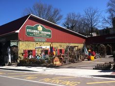 Sycamore Crossing Antiques in downtown Blue Ridge, Georgia. #antiques #blueridgega #downtown