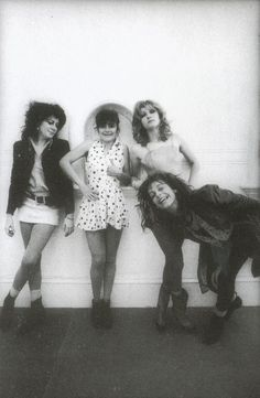 the styling! (the slits via wildatheart) Punk Rock, Bowie, Proto Punk, British Punk, 70s Punk, Band Photography, We Will Rock You, Riot Grrrl, The New Wave