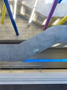 Bayerischer Bahnhof by PETER KULKA