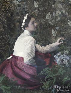 MYWEDDING 황희우리옷 신부, 봄날 정원에 꽃이 되다