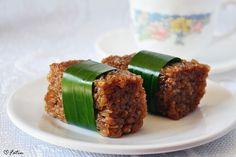 Kue Wajik. Indonesian sweet sticky rice dessert. It is so addictive, one of my favourites! :)