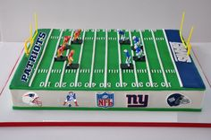 13 Players Or Football Field Cakes Photo - Football Field Cake, Football Field Cake and Soccer Cake Topper Set Birthday Cake For Mom, Happy 5th Birthday, Boy Birthday, Birthday Ideas, Football Cakes For Boys, Football Field Cake, Football Birthday Cakes, Football Parties, 18th Cake