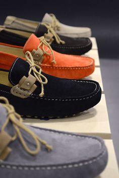 Schmoove - Tremendous Only Best Shoes For Men, Formal Shoes For Men, Casual Loafers, Loafers Men, Gucci Fashion, Mens Fashion, Boat Shoes, Men's Shoes, Driving Shoes Men