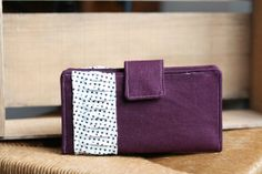 Purple Women's Wallet // Great for the Dave Ramsey Envelope System or Everyday Use. @theruffledstitch