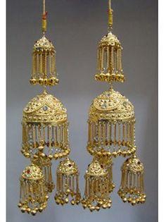 Gold Bridal Kalira / Kaleera