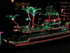 images christmas lights boat | Christmas Boat Parade in Newport Beach