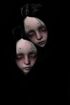 dollies Mask of me. (by whoisalice) Arte Horror, Horror Art, Arte Obscura, Gothic Dolls, Creepy Dolls, Doll Repaint, Ooak Dolls, Ball Jointed Dolls, Doll Face