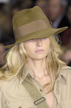 Ralph Lauren at New York Fashion Week Spring 2009 - StyleBistro