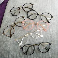 5c7d03abef884 Me diz que você já conhece os nossos Óculos CIRCLES e que está por dentro  dessa