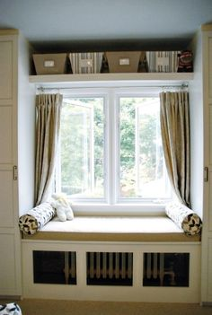 Love the faux built ins, the window seat (which is a radiator cover) and the shelves above the window. House Design, Room Design, Home Decor Bedroom, Home, Small Room Design, Window Benches, Shelf Over Window, Modern Bedroom, Bedroom Windows