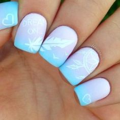 When it comes to nail art or manicures, there are so many choices. Feather design is one of the most popular nail art trend these days. Take a look at these creative feather nail art designs, which will make your nails truly stand out. Nail Art Plume, Feather Nail Art, Feather Design, Feather Nail Designs, Cute Nail Art, Cute Nails, Pretty Nails, Pastel Nail Art, Dream Catcher Nails