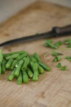 Hands down, this is my favorite way of preparing green beans. This fresh green bean recipe is quick and easy and super healthy. It can be a great way to cook green beans for a holiday or any day as a side dish, but honestly, I love making it as a snack! I make a …