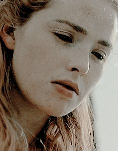 request by anon: Henry/Elizabeth + Thomas Penn's quote The White Princess, White Queen, Freya Mavor, Medieval, Elizabeth Of York, Elizabeth Woodville, Imogen Poots, Welsh Dragon, How To Tie Ribbon