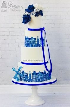 Delft blue wedding cake.jpg