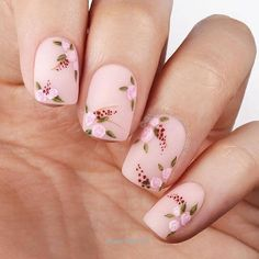 36 Gorgeous Floral Nail Art Designs for Spring - Ten Catalog Florals are a great way to wear nail art this spring season. Come get inspired with 36 of the most gorgeous floral nail art designs for spring! Nail Art Designs, Acrylic Nail Designs, Nails Design, Nail Designs Floral, Salon Design, Matte Nails, Gel Nails, Toenails, Coffin Nails