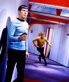 Spock and Captain Kirk shown in distress and on guard in a scene from the TV series Star Trek. Star Trek Original Series, Star Trek Series, Tv Series, Star Trek 1966, Star Trek Tv, Deep Space Nine, Science Fiction, Spock And Kirk, Start Trek