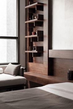 Modern bedroom decor with suit-in wood shelves and bed. Display Shelves, Shelving, Wood Shelves, Shelf Design, Design Art, Interior Architecture, Furniture Design, Interior Decorating, House Design