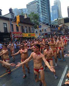 #canada#toronto#gay#parade#gayparade#rainbow#happypride#캐나다#토론토#게이#퍼레이드#게이퍼레이드#레인보우