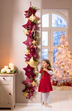 Adventní kalendář Hvězdy, bordó | VELKÝ KOŠÍK Christmas Design, Christmas Projects, Christmas Home, Xmas, Christmas Tree Advent Calendar, Christmas Nativity Scene, Advent Calendars For Kids, Advent Calenders, Christmas Decorations