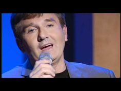 ▶ Daniel O'Donnell sings 'Moon Over Ireland' live on QVC TV - YouTube