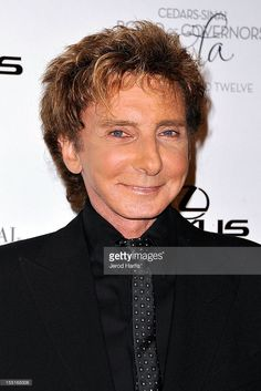 Barry Manilow arrives at the Cedars-Sinai Board of Governors Gala at the Hyatt Regency Century Plaza on November 1, 2012 in Los Angeles, California.