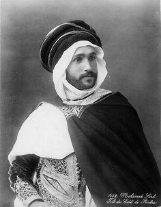 Son of the Biskra's Caïd, Algeria, 1900 .Mohamed Sirh, fils du Caïd de Biskra, 1900
