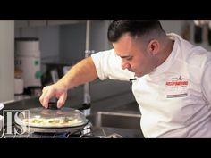 Pizza napoletana in padella di Davide Civitiello - YouTube