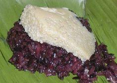 Bai Damneub Sankya (Coconut Custard and Sticky Rice)