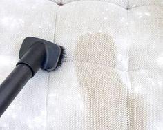 La technique simple mais infaillible pour nettoyer un canapé en tissus ou en microfibrenoté 3.3 - 84 votes Certains commencent déjà à s'atteler au lavage de printemps. Frotter, nettoyer, rincer, dépoussiérer et autres joyeusetés vont vite habiller votre quotidien. Mais lorsqu'il s'agit de nettoyer le canapé, on ne connaît pas forcément la technique. Nous vous …