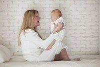 Travail et vie de famille - Etre une bonne mère, mère idéale - Avec un taux d'activité féminin qui dépasse les 80%, les femmes ne se contentent plus du seul métier de maman et cumulent les responsabilités. Plus de 80% des internautes...
