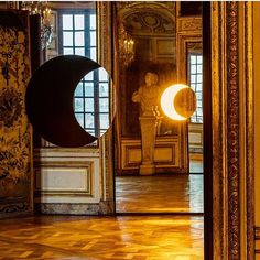Regardez les photos et vidéos Instagram de Studio Olafur Eliasson (@studioolafureliasson) Studio Olafur Eliasson, Cosmos, Videos, Oversized Mirror, Photo And Video, Instagram Posts, Outdoor, Photos, Outdoors
